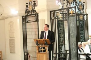 richard at lectern 300x200 - Our special Commissioning Service at St Paul's Cathedral