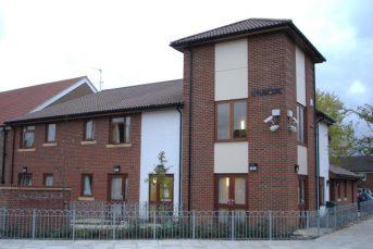 Northolt Grange 343x229 - Hostels